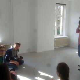 Bij de VR-bril met werk van Daniel Steegmann Mangrané